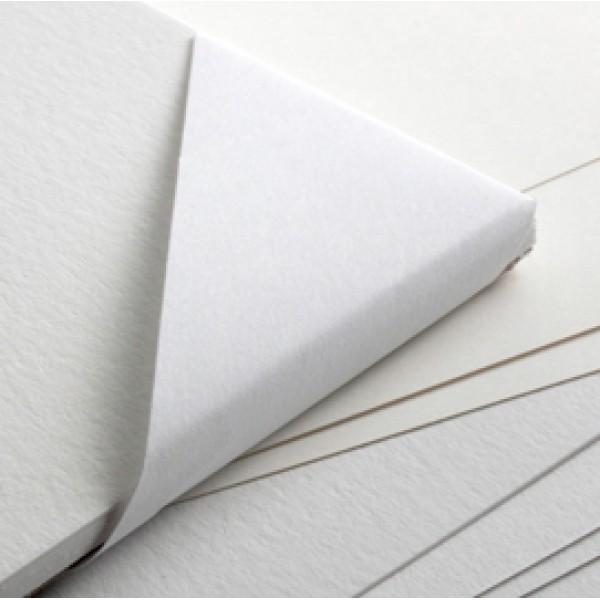 Cartoncino F4 - 50x70cm - 220gr - bianco - liscio - Fabriano - pacco 25 fogli
